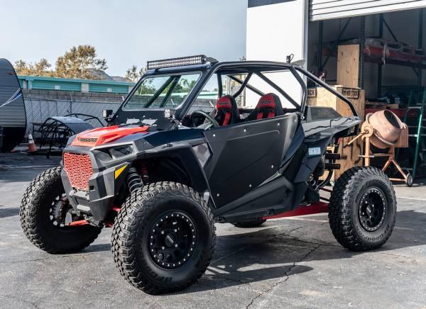 Madigan MotorSports  - Polaris RZR XP1000 2-Seat Roll Cage w/ Intergrated Bumper